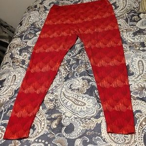 Lularoe tall/curvy red/orange leggings,euc